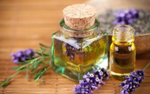 lavender-essential-oils-desktop-wallpaper-2560x1600